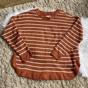 🦒 Sonoma orange white striped round hem sweater